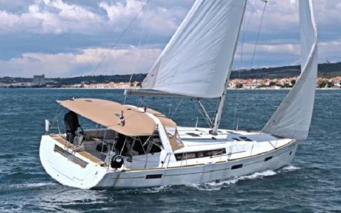 BENETEAU OCEANIS 45 – TONIC